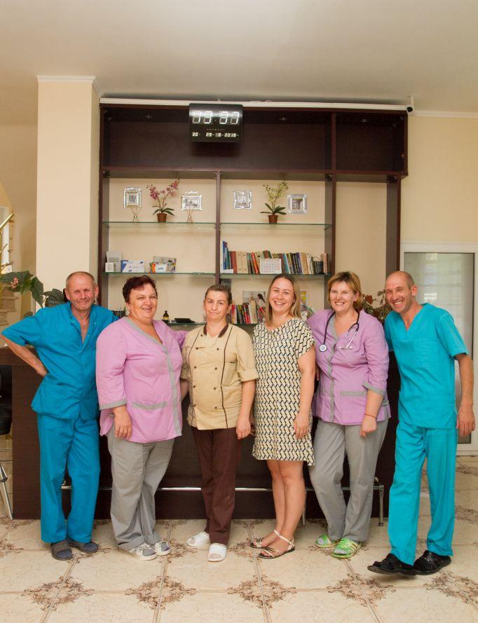 Подобрать себе дом для престарелых охранник в частный дом москва без лицензии