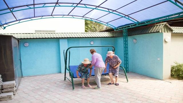 Дом престарелых в Украине